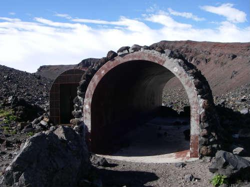 火山噴火のシェルター