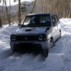 雪解けが早いか作業が早いか