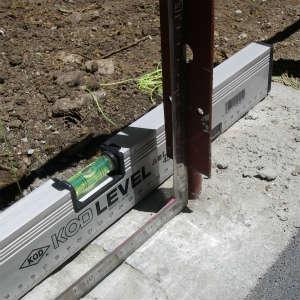 小屋構造の検討と沓石の修正など