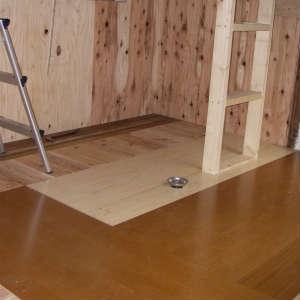 床材の張り付け