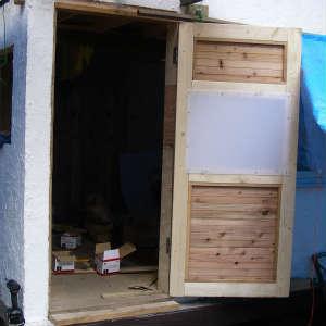 玄関ドアの製作