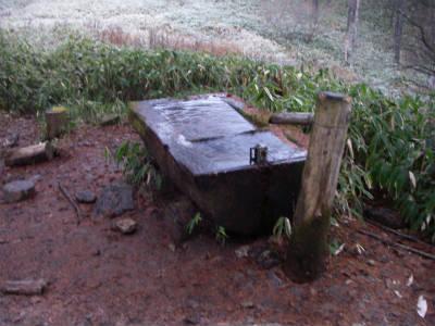 池山小屋付近の水場