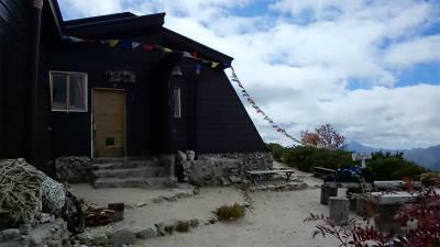 小屋の入口