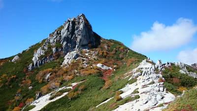 烏帽子岳に登る。