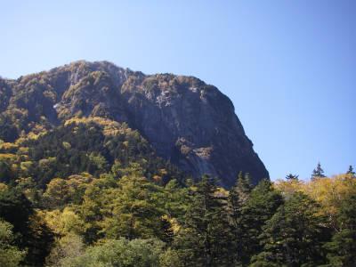 国内屈指の屏風岩