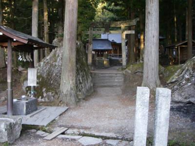 竹宇駒ヶ岳神社