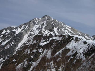 甲斐駒ケ岳への道は厳しい。