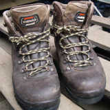 登山靴の靴底を張り替えてみた
