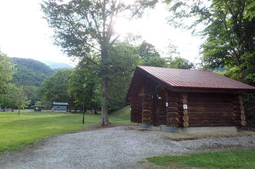 山部自然公園太陽の里キャンプ場 トイレ