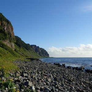 相泊から観音岩まで海岸トレッキング、そしてヒグマと遭遇