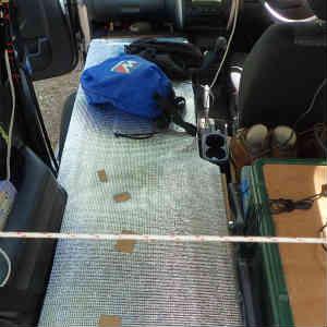 Jimnyの車中泊ベッドの改良と下駄箱を作る