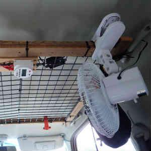 ジムニーにDC12V 扇風機とタイマースイッチを取り付けてみた