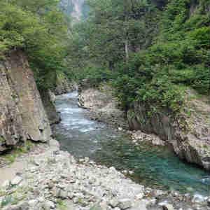 日本三大渓谷の清津峡を歩く