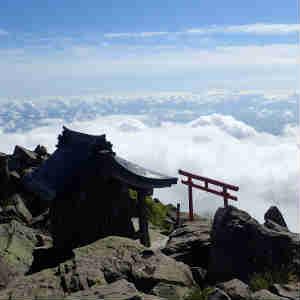 台風一過の岩木山へ