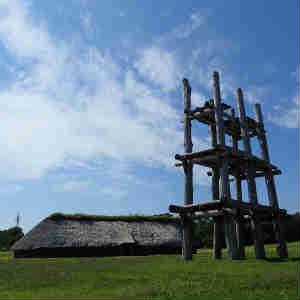 縄文人の家を見学